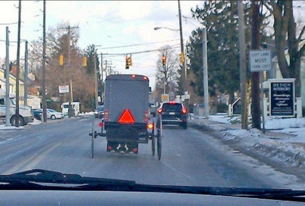 Amish School Run